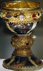 Чаша з базиліки Сан Ісидор в Леоні, можливо античного походження