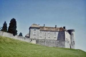 Замок шато де Рей біля Безансона, де Плащаниця могла перебувати до 1350 року