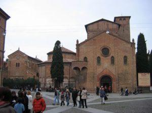 Комплекс католицьких храмів Сан-Стефану у Болоньї